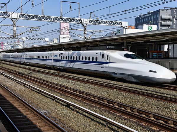 四川前瞻工服高铁制服定制案例说明